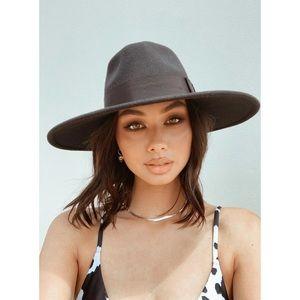 NWT Brixton Joanna Black Felt Ribbon Hat Revolve
